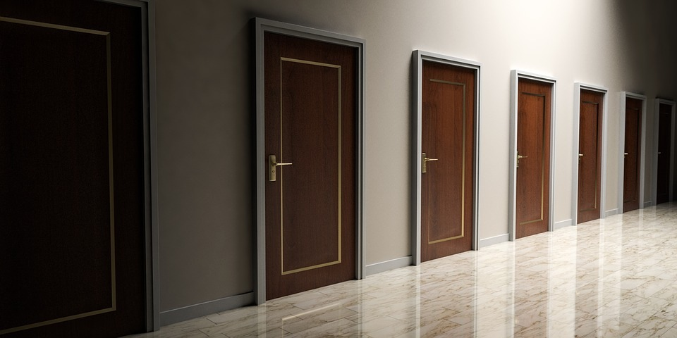 Ekspertų patarimai: geriausios lauko durys